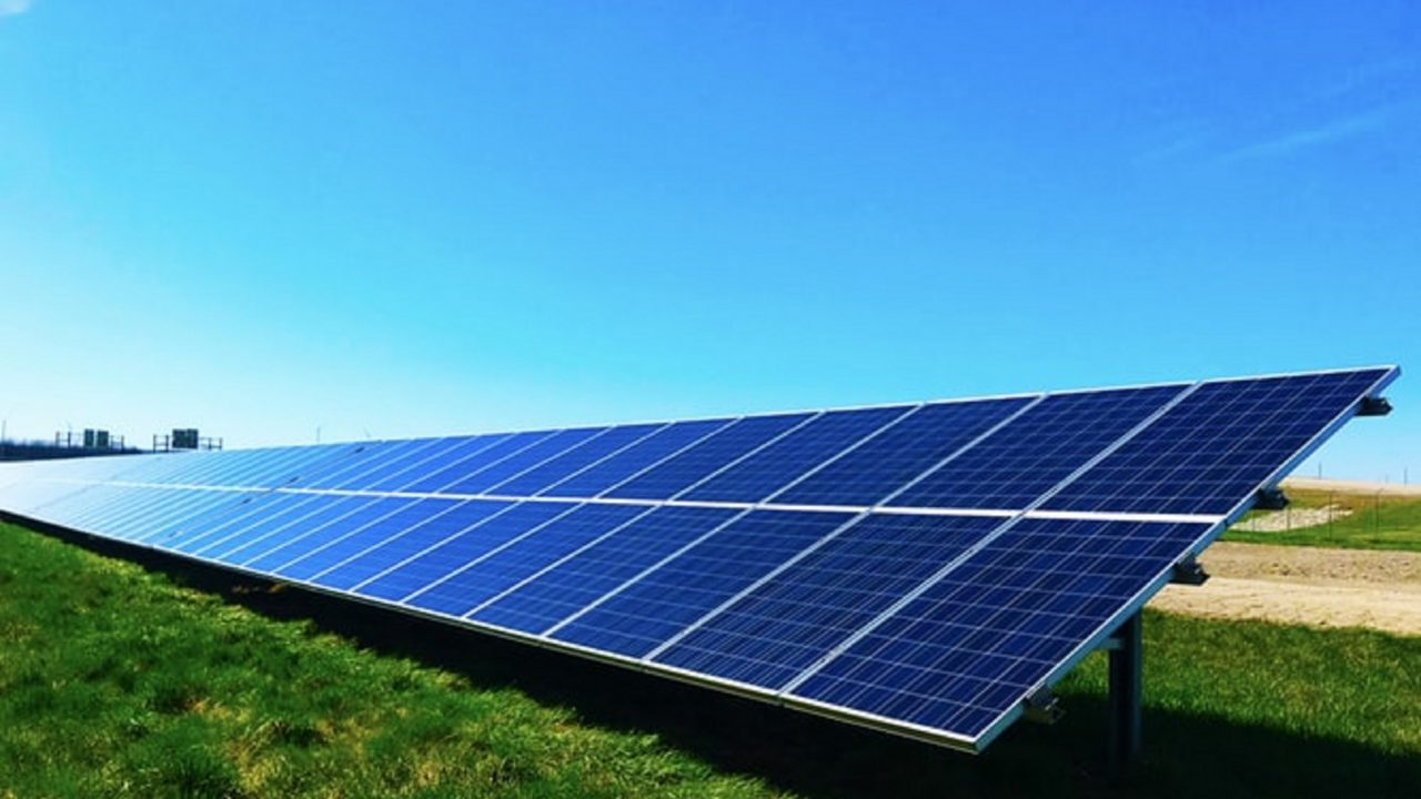 https://japaneserealestate.co.jp/wp-content/uploads/2019/10/Mitsubishi-Solar-Power-Tokyo-Gas-Japan-3-1280x720.jpg