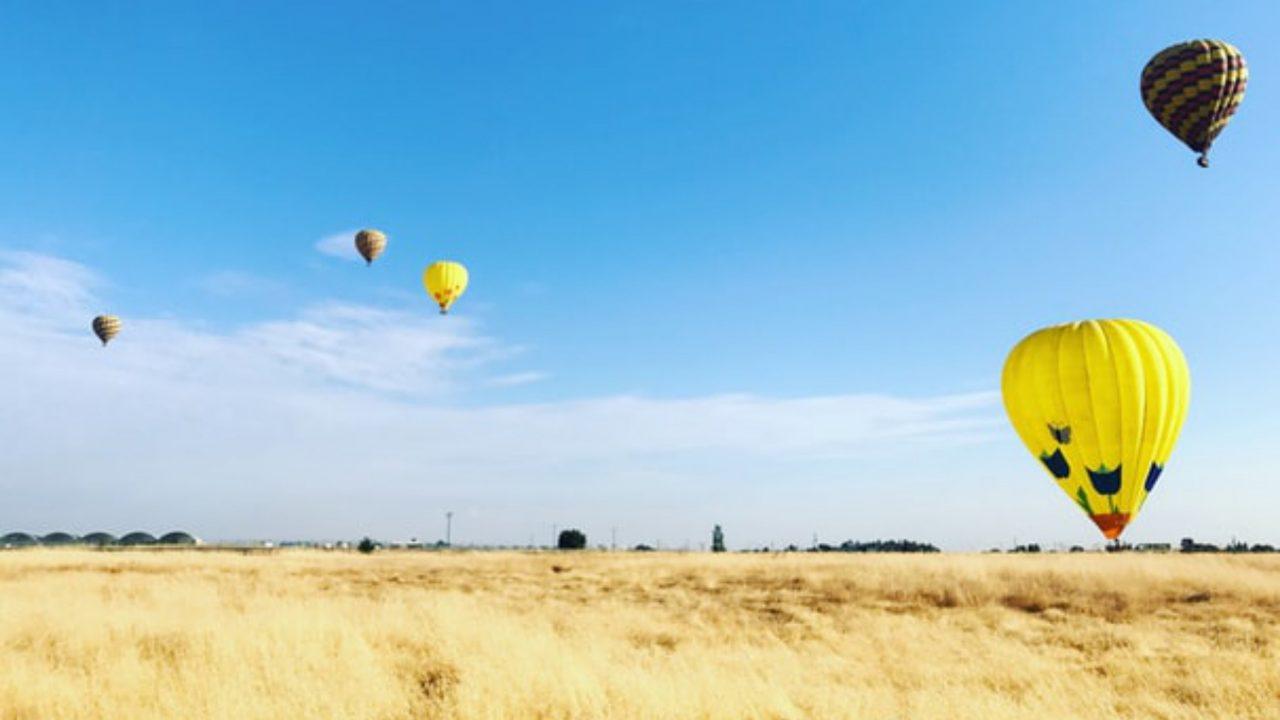 https://japaneserealestate.co.jp/wp-content/uploads/2019/11/Hot-Air-Balloons-Saga-Japan-1280x720.jpg